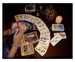 Lanzada de cartas del tarot en  Ciudad Madrid