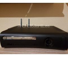 Xbox 360 Elite 120GB+adaptador inalámbrico y cascos juego online: